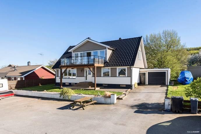 Bild: 10 rum villa på Hagtornsvägen 18, Sölvesborgs kommun Hörvik