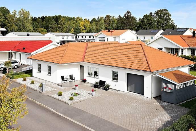 Bild: 5 rum villa på Trombongatan 15, Linköpings kommun ULLSTÄMMA
