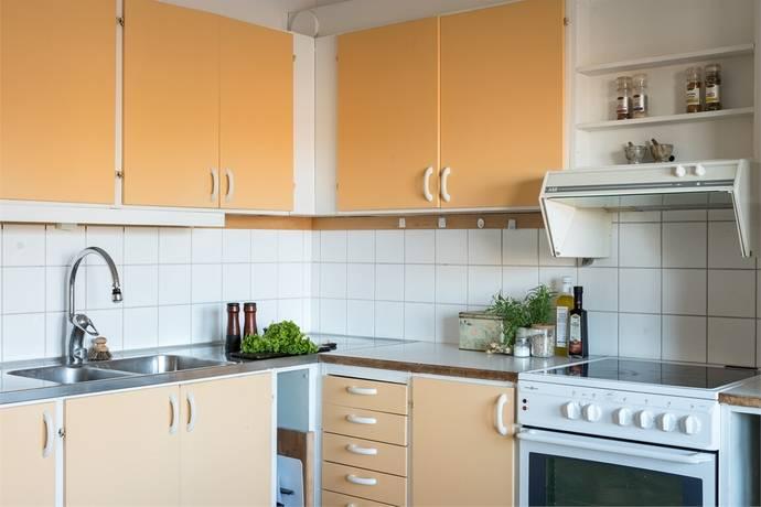 Bild: 3 rum bostadsrätt på ADOLF ZETHELIUS GATA 5, Västerås kommun Bäckby