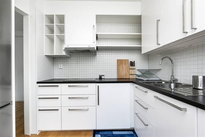 Bild: 2 rum bostadsrätt på Hjälmarvägen 13 B, Örebro kommun Almby