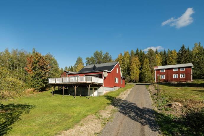 Bild: 6 rum gård/skog på Västeralnäs  134 och 135, Örnsköldsviks kommun Västeralnäs