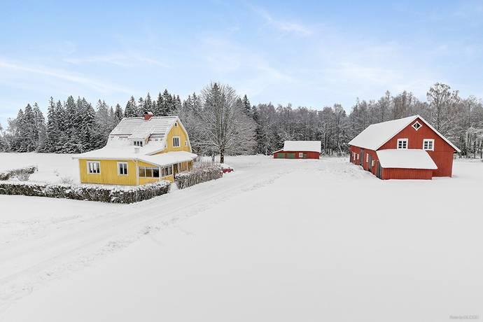 Bild: 105 m² gård/skog på Rydet 1, Svenljunga kommun Holsljunga