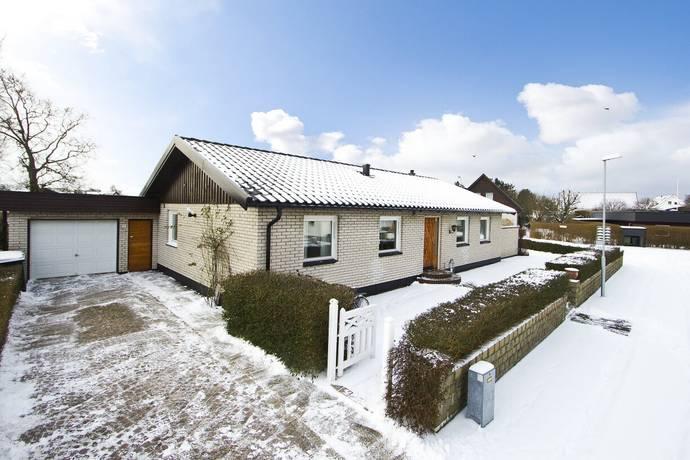 Bild: 4 rum villa på Irisvägen 2, Höganäs kommun Viken