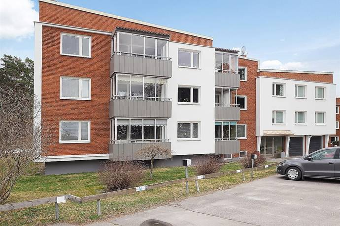 Bild: 2 rum bostadsrätt på Flodins Väg 10, Strängnäs kommun