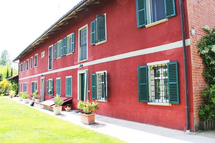 Bild: 7 rum villa på 600 Vigliano d'Asti, Italien Piemonte