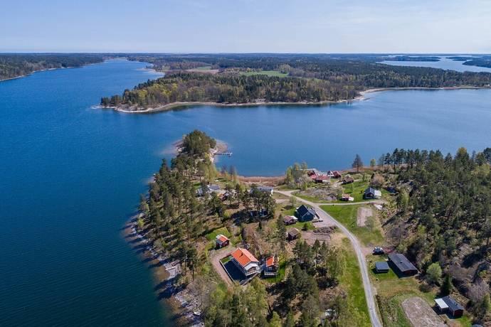 Bild: tomt på Gunleudd 2, Västerviks kommun