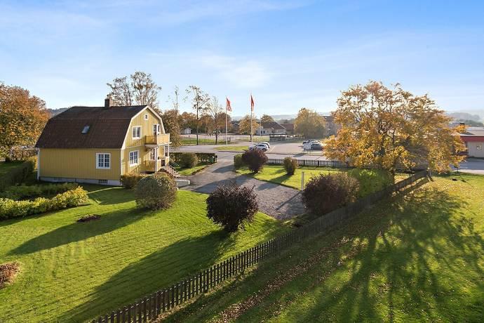 Bild: 5 rum villa på Järnvägsgatan 3, Munkedals kommun Dingle