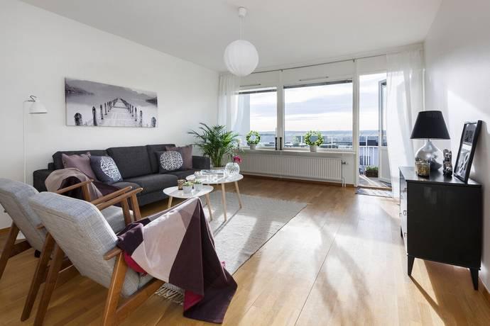 Bild: 3 rum bostadsrätt på Ekholmsvägen 226, 5tr, Stockholms kommun Skärholmen