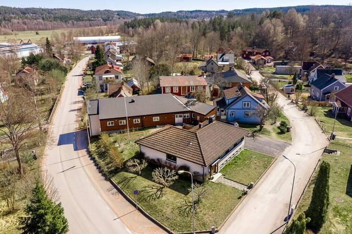 Bild: 6 rum villa på Kvarngatan 1, Hultsfreds kommun