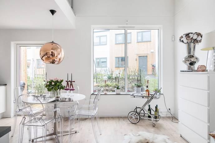 Bild: 4 rum radhus på Mårten Bengtssons väg 1 E, Svedala kommun Klågerup