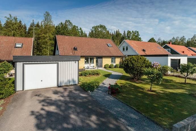 Bild: 6 rum villa på Limmarvägen 56, Växjö kommun Lammhult
