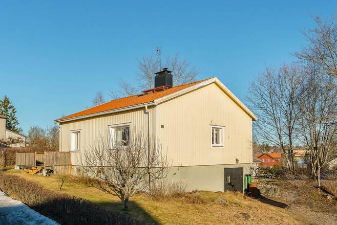 Bild: 4 rum villa på Ringvägen 21, Flens kommun Flen
