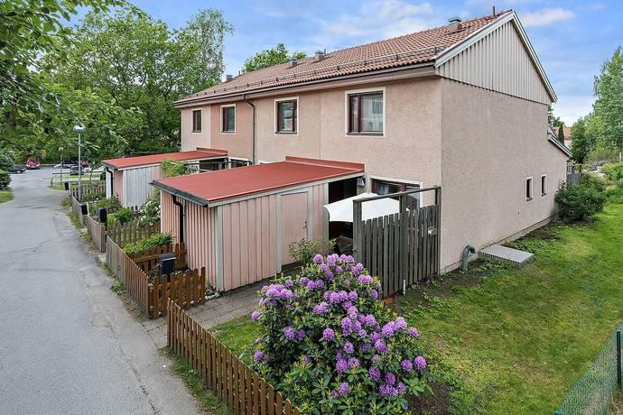 Bild: 3 rum radhus på Duettvägen 141, Huddinge kommun Skogås