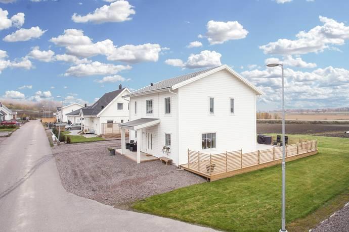 Bild: 5 rum villa på Östra Gatan 58, Kumla kommun Kumla