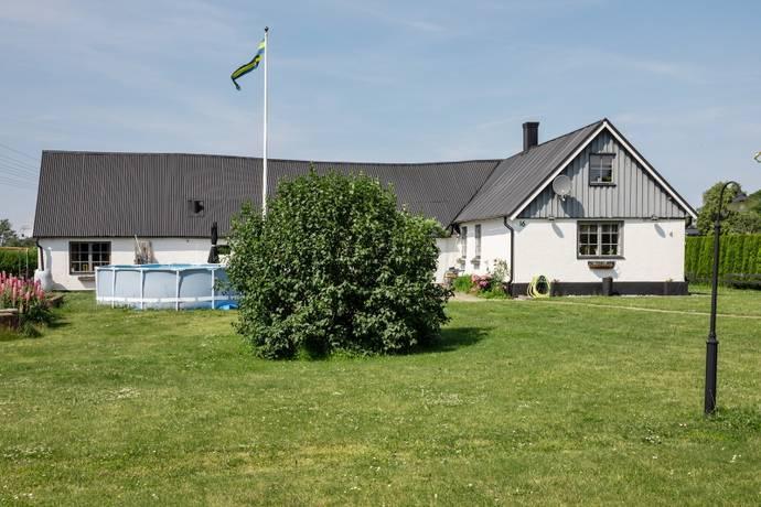 Bild: 7 rum villa på Sprintergatan 16, Tomelilla kommun Tomelilla - Centralt