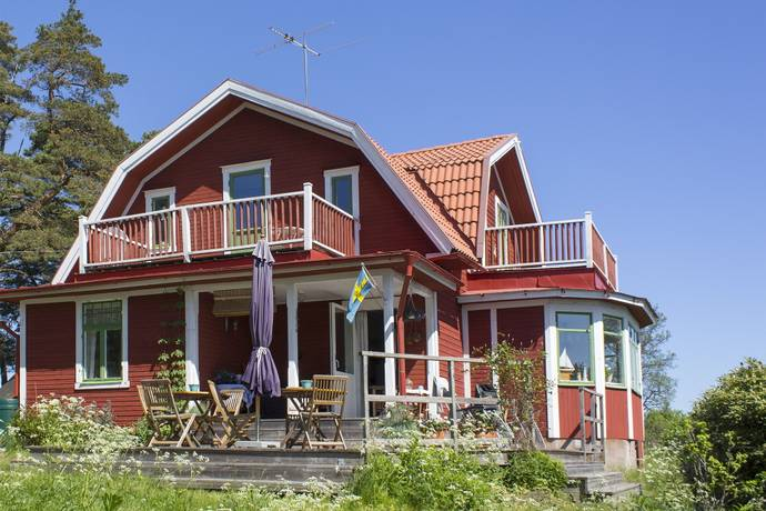 Bild: 6 rum fritidshus på Karlsuddsvägen 79, Vaxholms kommun Jungfruholmen