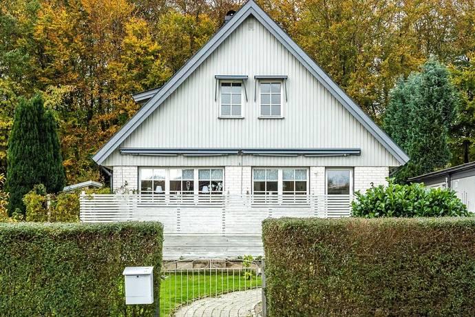 Bild: 6 rum villa på Snickarevägen 3, Sölvesborgs kommun Tivoli