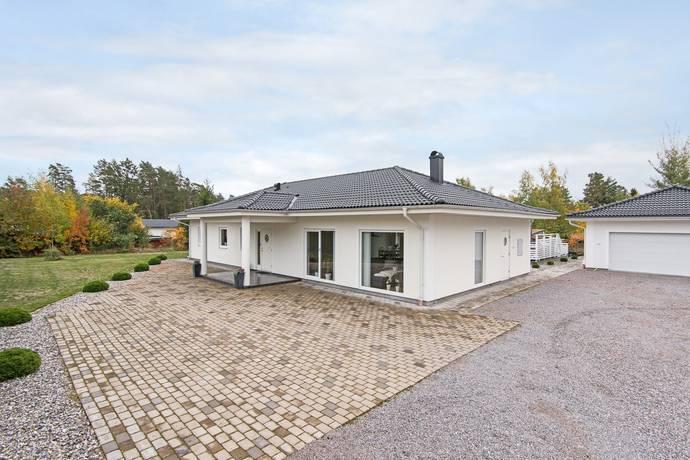 Bild: 5 rum villa på Myrvägen 9B, Norrköpings kommun Svärtinge