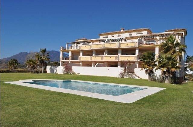 Bild: 3 rum bostadsrätt på Lägenhet i East Estepona, Málaga, Spanien East Estepona