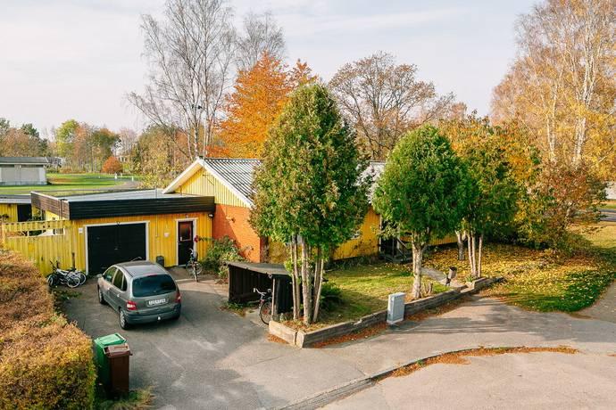 Bild: 6 rum villa på Timmervägen 25, Mariestads kommun