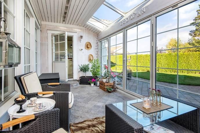Bild: 4 rum villa på Tallstigen 6, Upplands Väsby kommun Bollstanäs