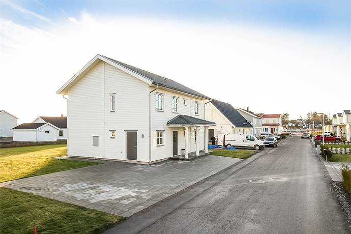 Bild: 6 rum villa på Viktor Dahléns väg 147, Örebro kommun Mosås