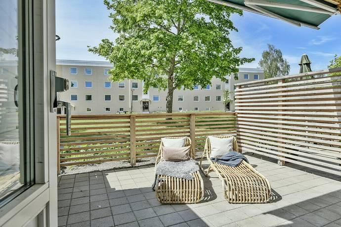 Bild: 1 rum bostadsrätt på Husarvägen 20, Upplands Väsby kommun Centrala Väsby
