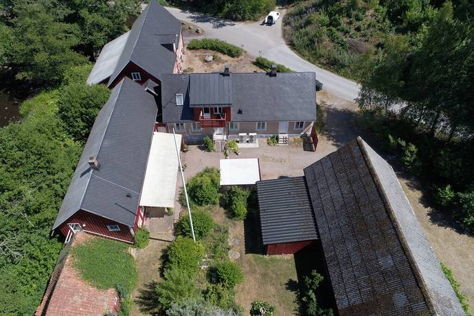 Bild: gård/skog på Östra Ljungby 4435, Klippans kommun Klippan