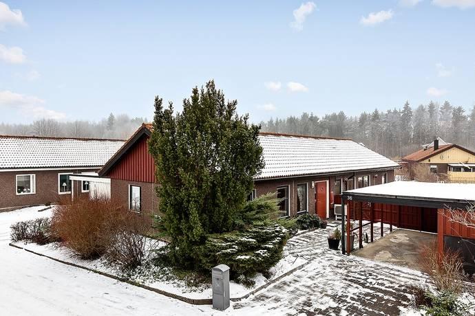 Bild: 6 rum villa på Laxvägen 36, Hammarö kommun Hammar