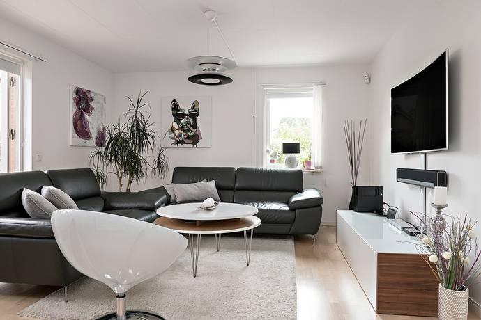 Bild: 4 rum radhus på Lökgatan 61, Ängelholms kommun Bäckadal