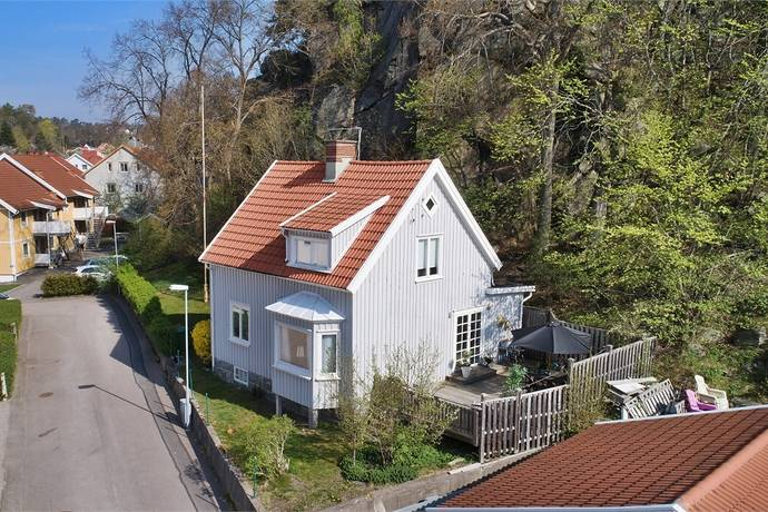 Bild: 4 rum villa på Flädergatan 8, Uddevalla kommun Centrum