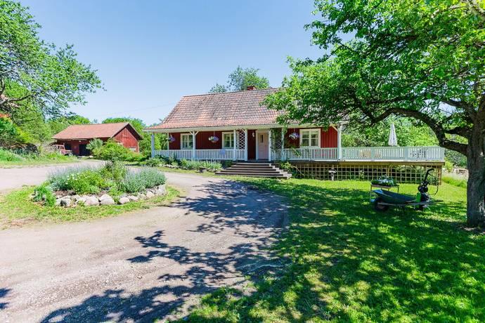 Bild: 6 rum gård/skog på Ideshult 1, Västerviks kommun Hjorted