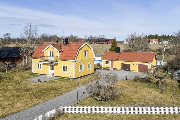 Bild: 4 rum villa på Kibrunnaäng 1, Uppsala kommun Dalby