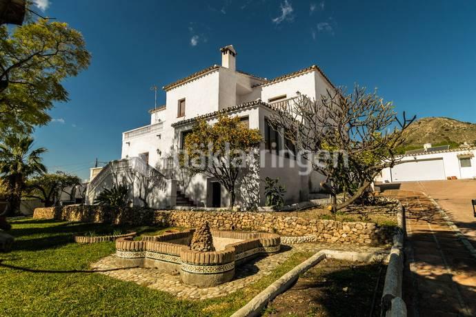 Bild: 9 rum villa på Stort hus på stor tomt i Capistrano, Spanien