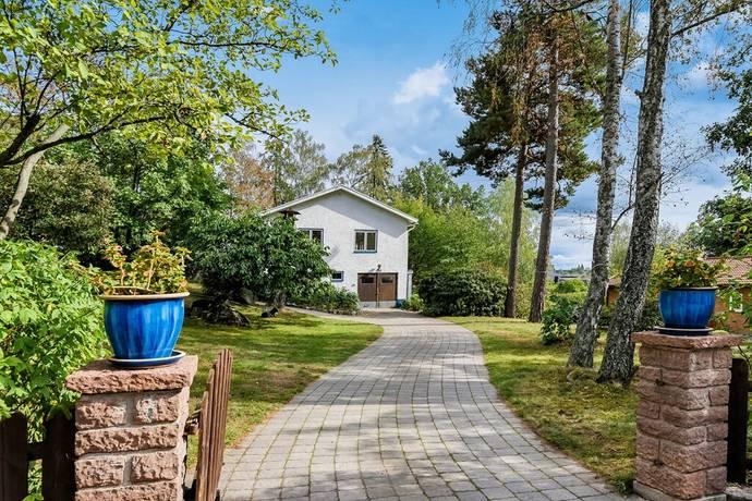 Bild: 7 rum villa på Åsbacken 4, Lidingö kommun Islinge