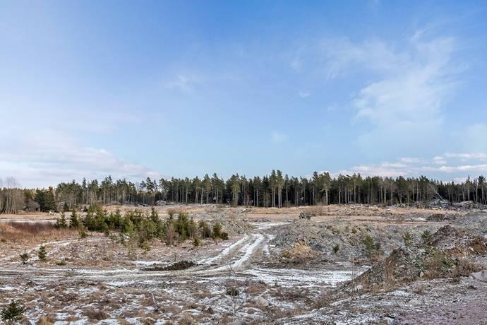 Bild: tomt på Tomt i Lindbacken, Uppsala kommun Lindbacken