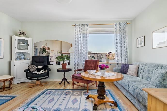 Bild: 1 rum bostadsrätt på Ågårdsgatan 1E, Ronneby kommun PÅFÅGELN / CENTRUM
