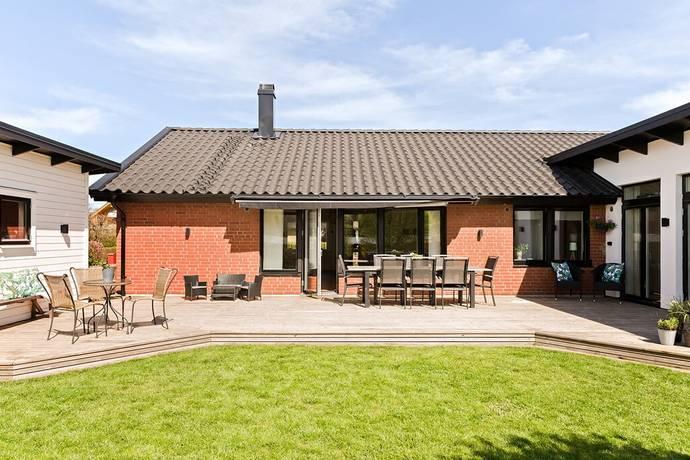 Bild: 6 rum villa på Mörtgränd 15, Ängelholms kommun Nyhem