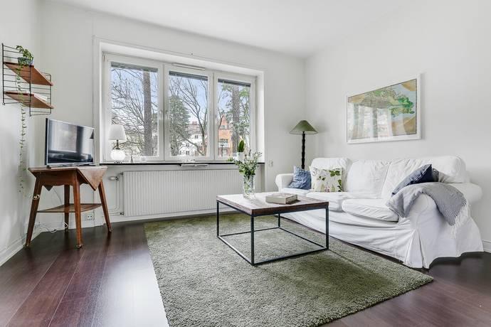 Bild: 1 rum bostadsrätt på Östervägen 25B, 1 tr, Solna kommun Råsunda