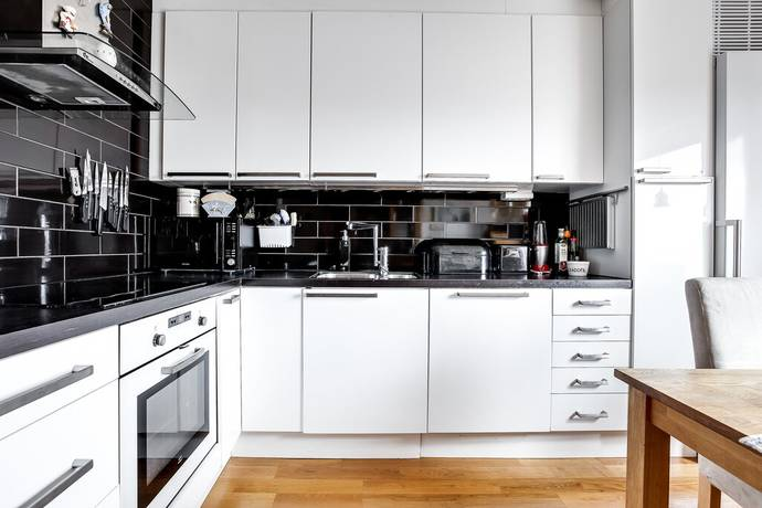 Bild: 2 rum bostadsrätt på Framnäsbacken 28, Solna kommun Skytteholm