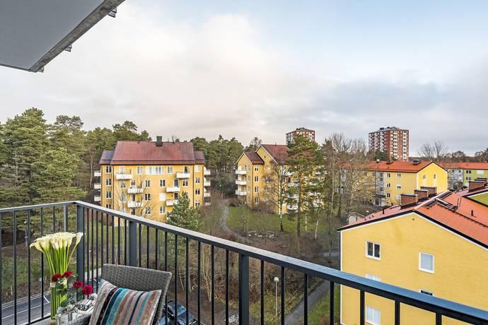 Bild: 3 rum bostadsrätt på Sjödalsvägen 17, vån 5, Huddinge kommun Huddinge
