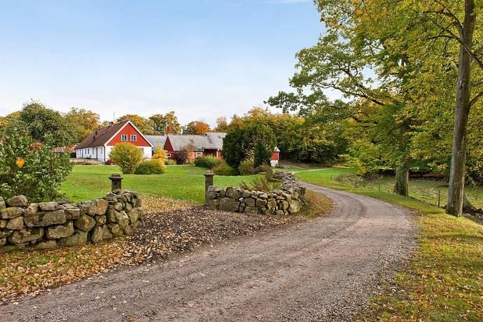 Bild: 5 rum gård/skog på Snapparps gård , del av!, Simrishamns kommun Snapparp