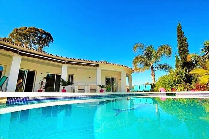 Bild: 5 rum villa på El Herrojo Alto La Quinta, Benahavis, Spanien
