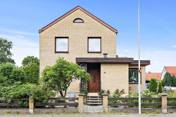 Bild: 6 rum villa på Skogsfrugatan 9, Helsingborgs kommun Miatorp
