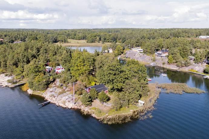 Bild: 4 rum fritidshus på Vedbergs holme 2, Västerviks kommun Piperskärr