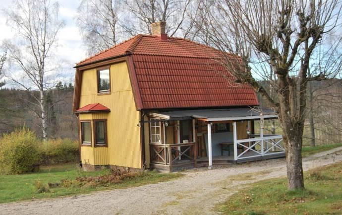Bild: 3 rum gård/skog på Torgrinsbyn 2, Melleruds kommun