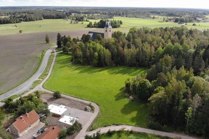 Bild: tomt på Rasbo prästgård 11, Uppsala kommun Gåvsta