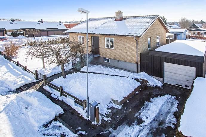 Bild: 3 rum villa på Höganäsvägen 14, Höörs kommun Veterinärsområdet