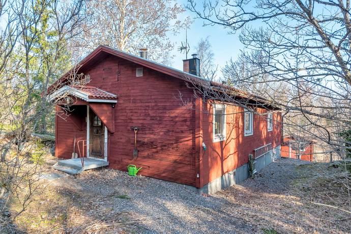 Bild: 3 rum villa på Ortalavägen 214, Norrtälje kommun