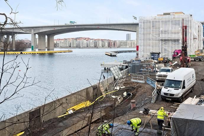 hög klass eskort stora tuttar nära Göteborg